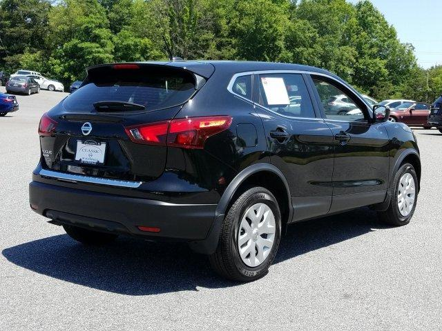 Certified Pre-Owned 2018 Nissan Rogue Sport FWD S