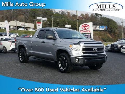 Pre-Owned 2015 Toyota Tundra Double Cab 5.7L FFV V8 6-Spd AT SR5